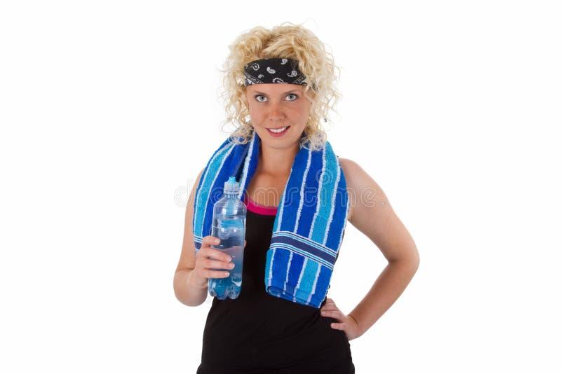 Питьевая вода женщины пригодности стоковое фото