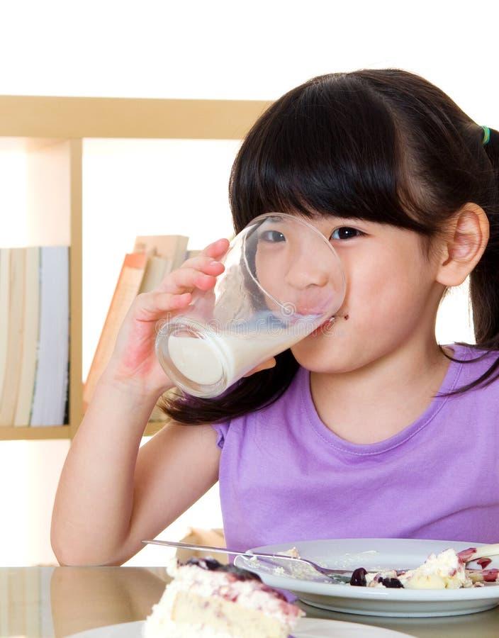 Питьевое молоко стоковые изображения