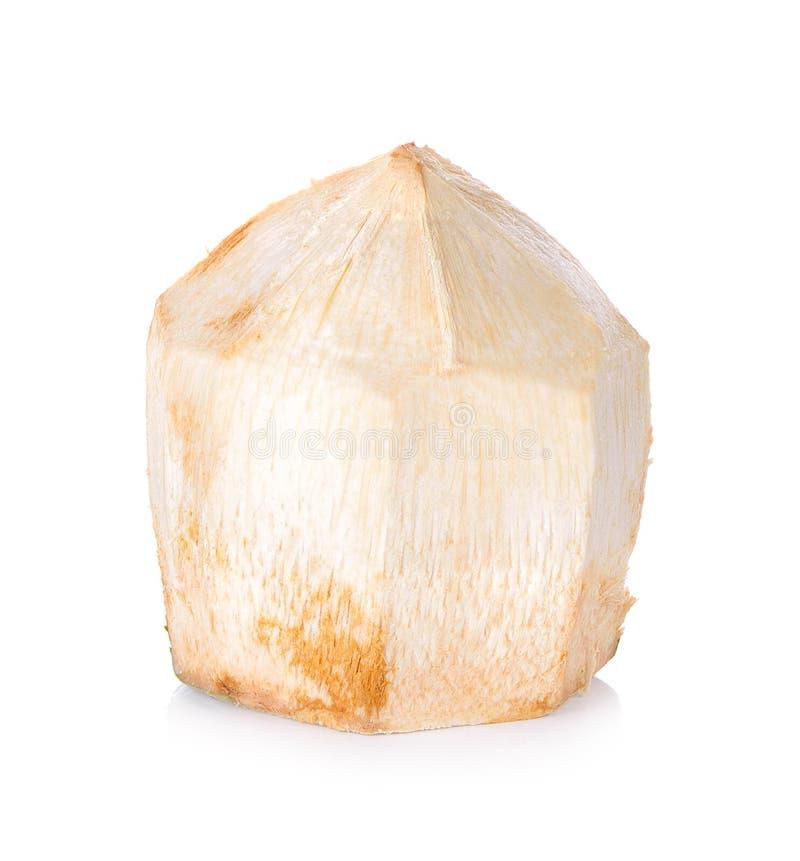Питье воды кокоса на белой предпосылке стоковое изображение