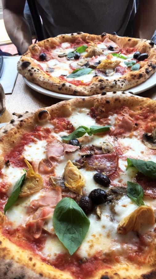 Пицца в Лондоне стоковое изображение