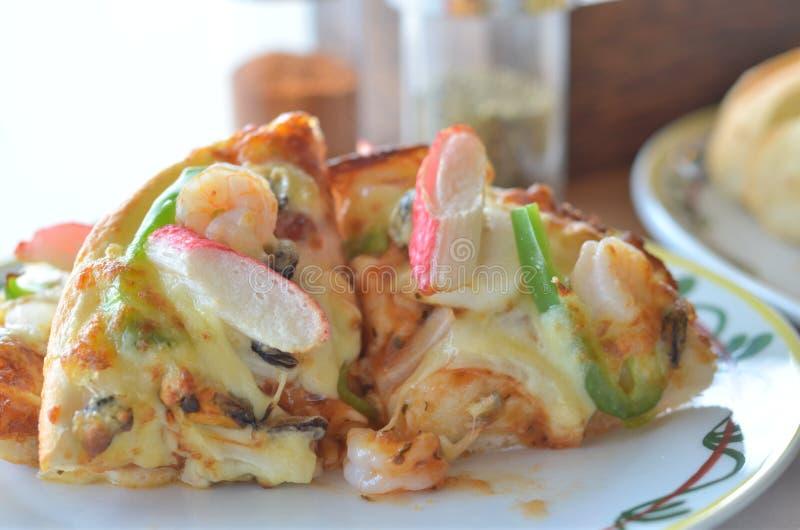 Пицца итальянки морепродуктов стоковые изображения