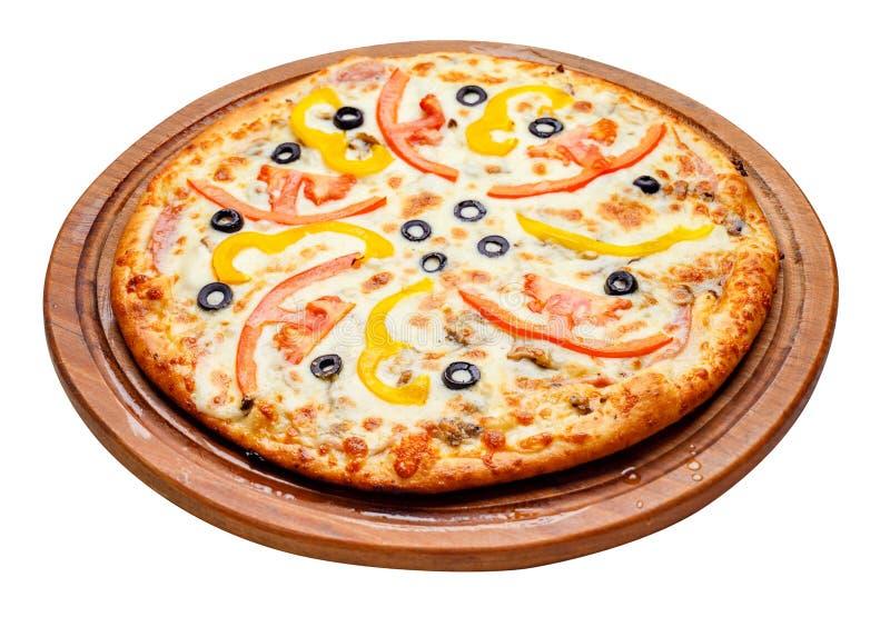 Пицца на деревянной плите стоковое фото rf