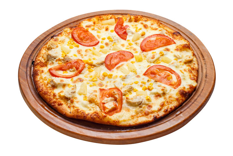 Пицца на деревянной плите стоковое изображение rf