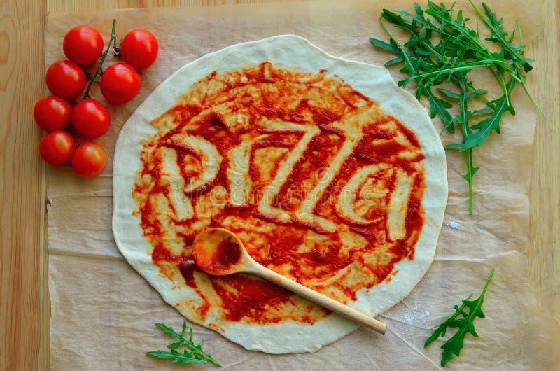 Download Пицца стоковое изображение. изображение насчитывающей yummy - 41661421