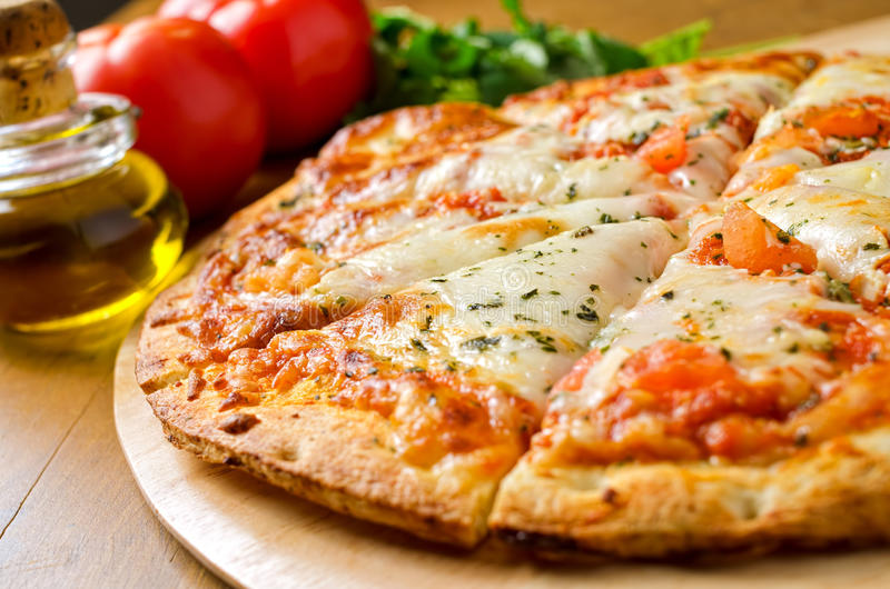 Пицца Margherita стоковая фотография rf