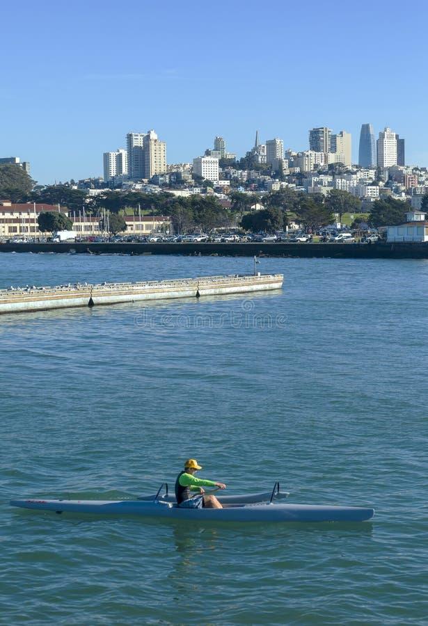 Плавание San Francisco Bay 4 стоковые фотографии rf