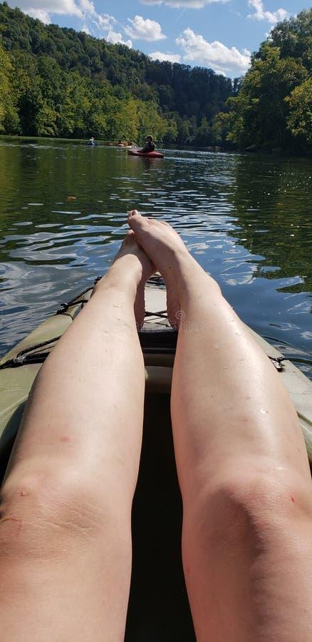Плавать & ослаблять стоковое фото rf