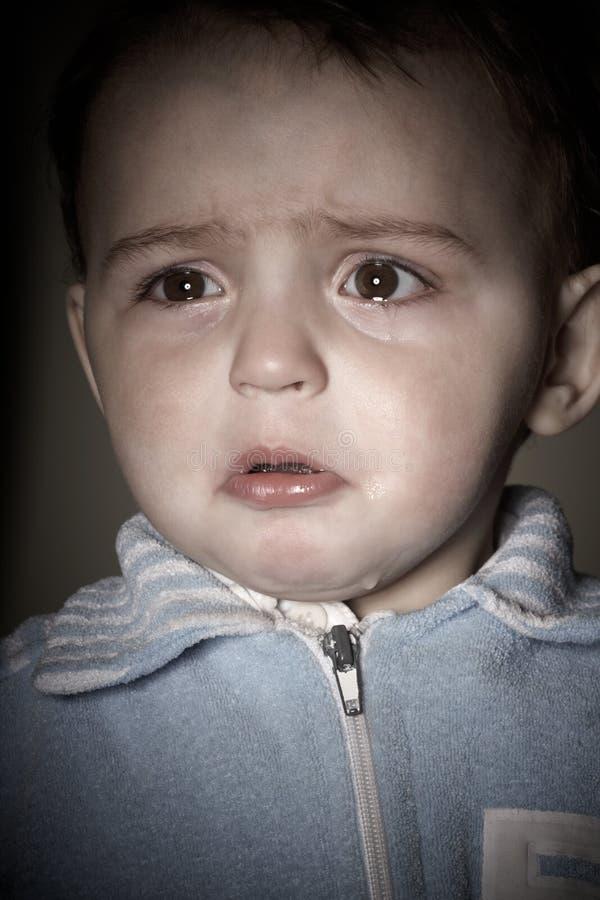 плакать мальчика стоковые фотографии rf