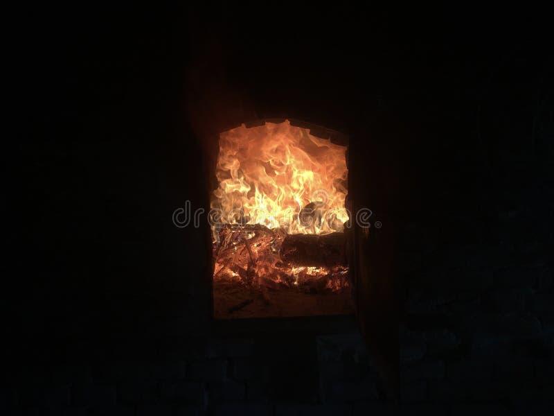 Пламенистый шесток стоковое изображение rf
