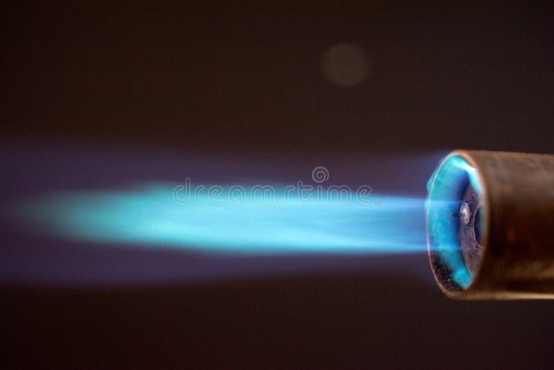 Пламя горелки факела голубое стоковые изображения rf