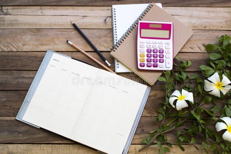Плановик тетради, калькулятор для работы дела стоковые фотографии rf