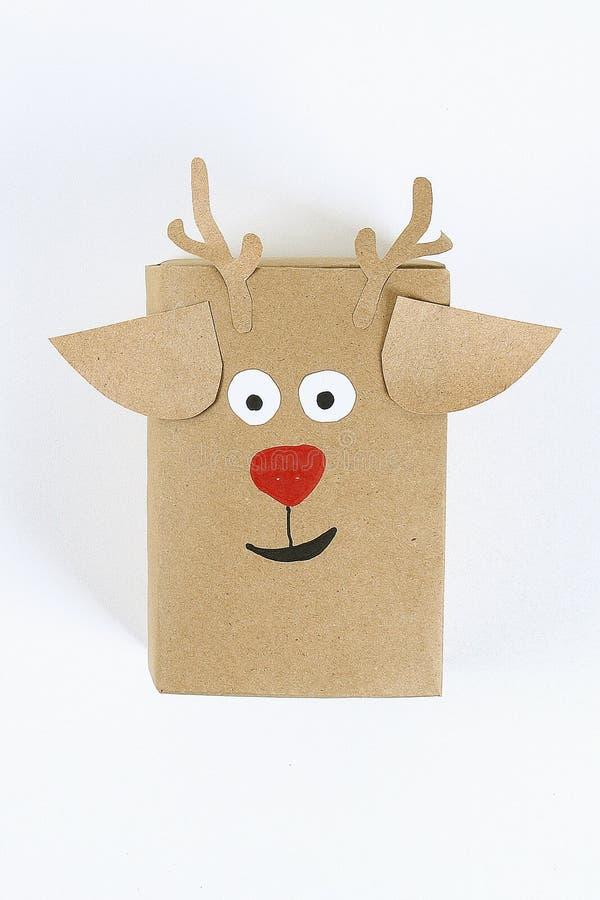 План рождества Первоначальная упаковка diy подарков на белой предпосылке стоковое фото rf