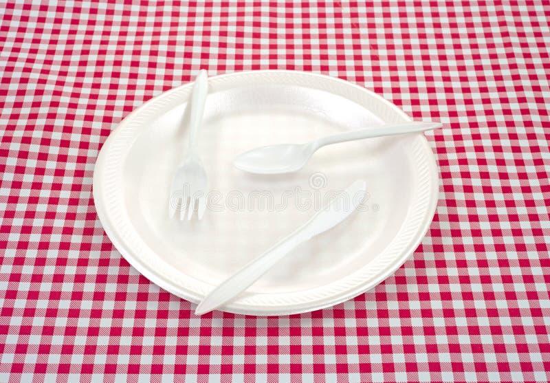 пластичный silverware плиты стоковые фотографии rf