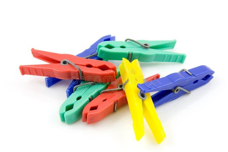 пластмасса clothespins цветастая стоковая фотография