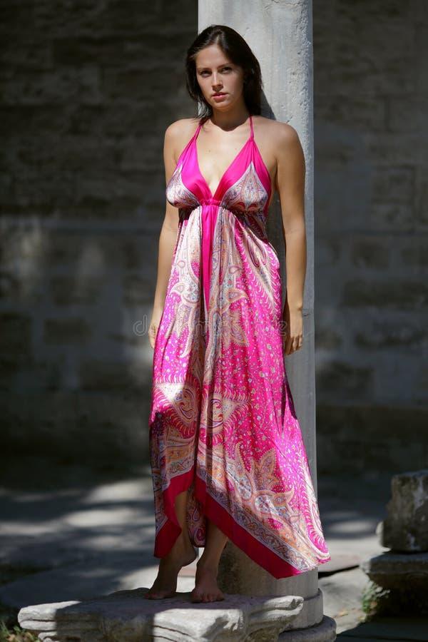 платье модельный oriental стоковое фото rf