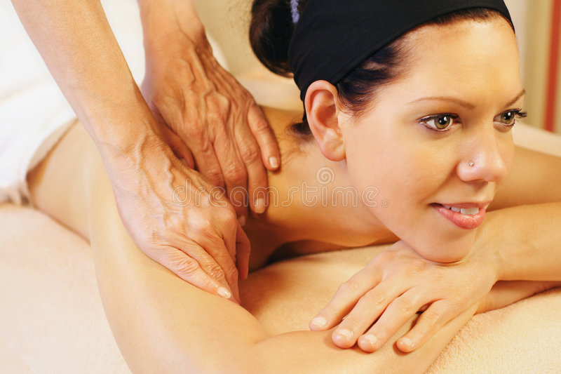 плечо массажа стоковая фотография