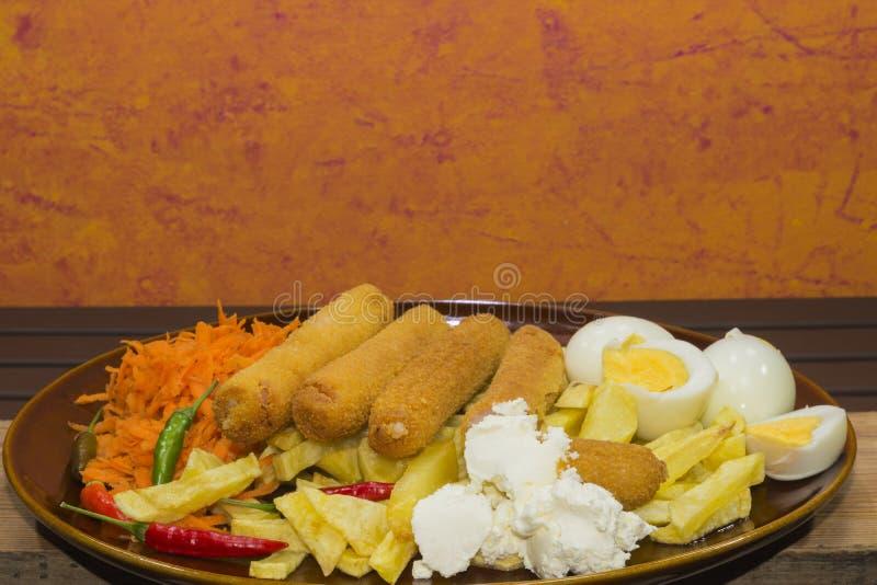Плита смешанной еды стоковое фото rf