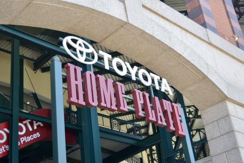Плита Тойота домашняя на парке жизни глобуса, Арлингтоне, Техасе стоковая фотография