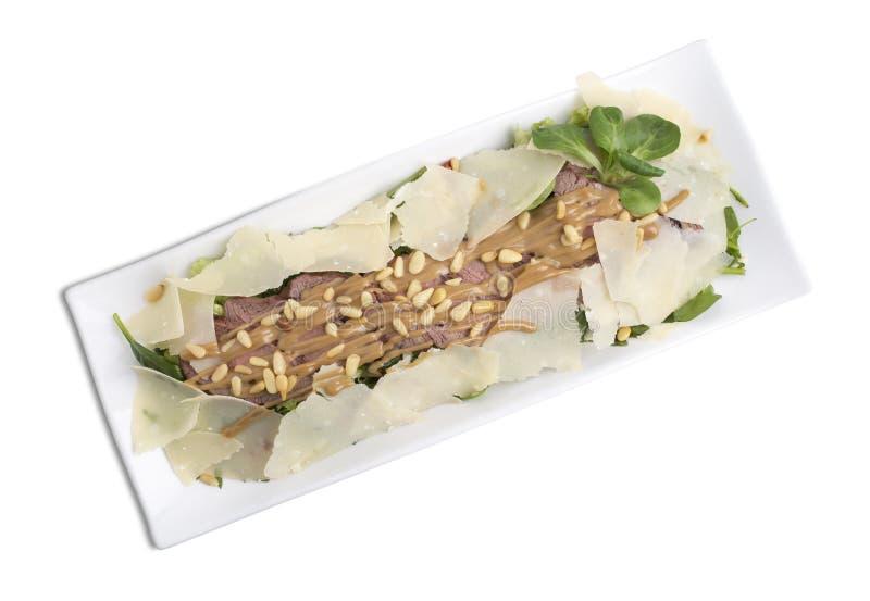 Плита ona очень вкусного салата говядины белая стоковое фото rf