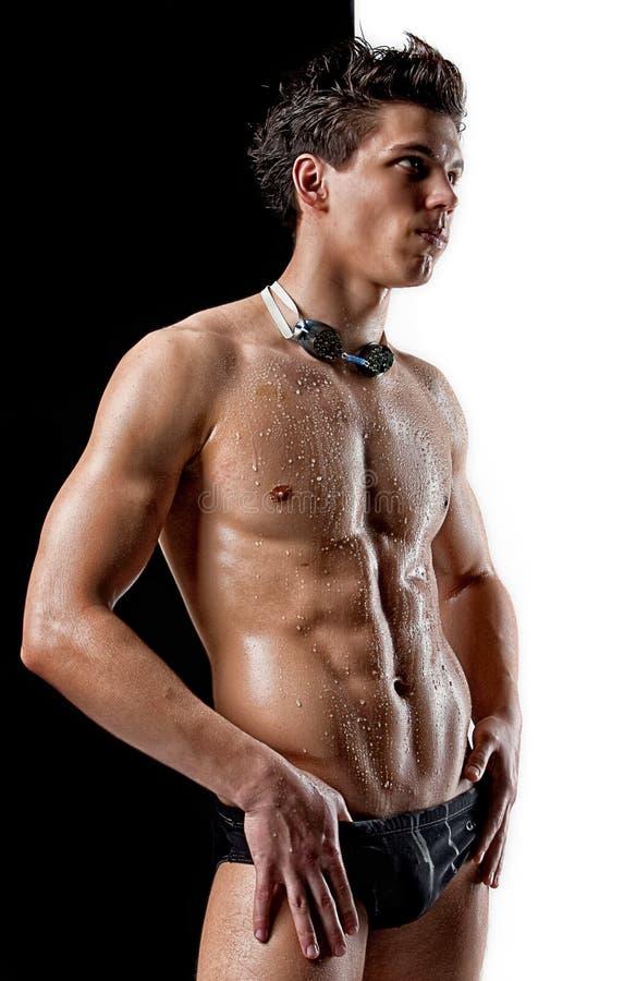 Download пловец обнажённого мышцы стекел влажный Стоковое Фото - изображение насчитывающей человек, pectoral: 18382740