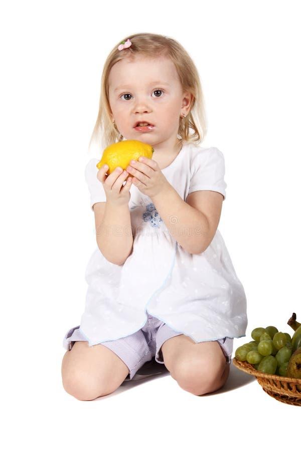 плодоовощи ребенка милые стоковая фотография rf