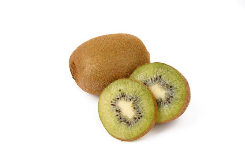 Плод кивиа - свежие отрезанные кивиы изолированные на белизне стоковая фотография