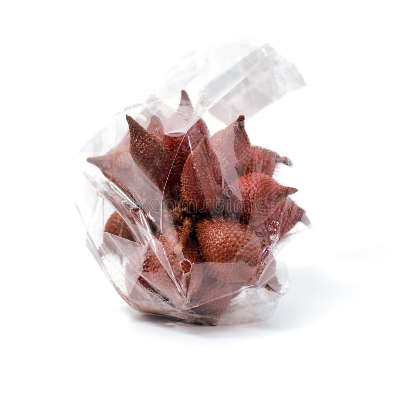 Плод Salak, плод zalacca Salacca тропический изолированный на белом ба стоковое изображение
