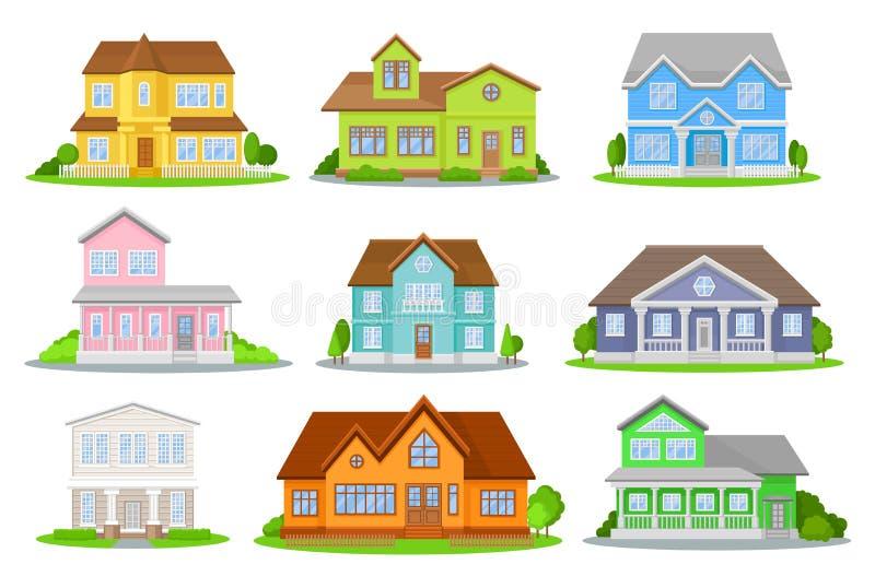 Плоский комплект вектора красочных домов с зелеными лугом, кустами и деревьями Уютные жилые коттеджи традиционно иллюстрация вектора