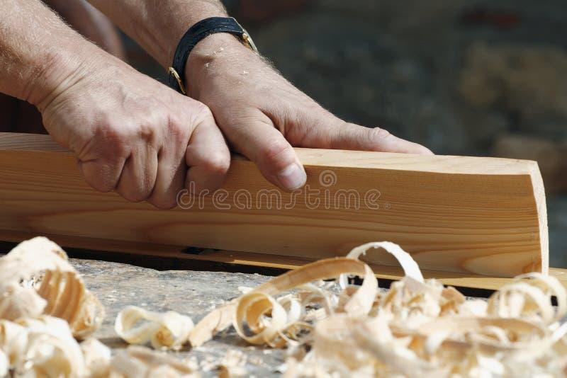 плотник вручает s стоковые фотографии rf