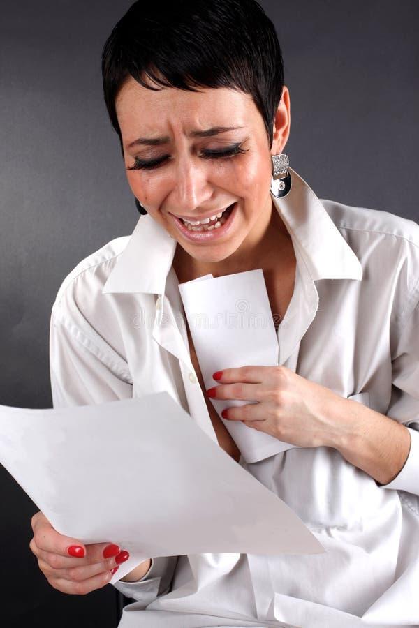 плохая весточка нажатия срывает женщину стоковое фото