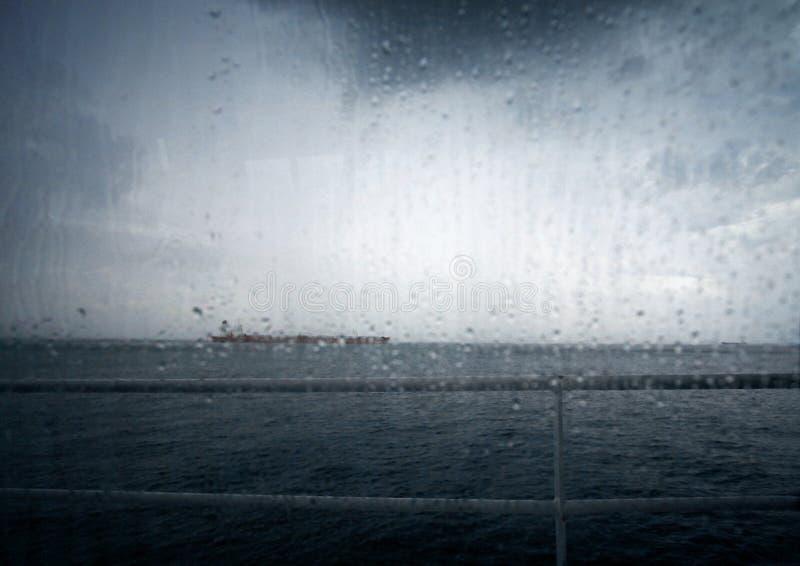 Плохая погода на море стоковая фотография rf