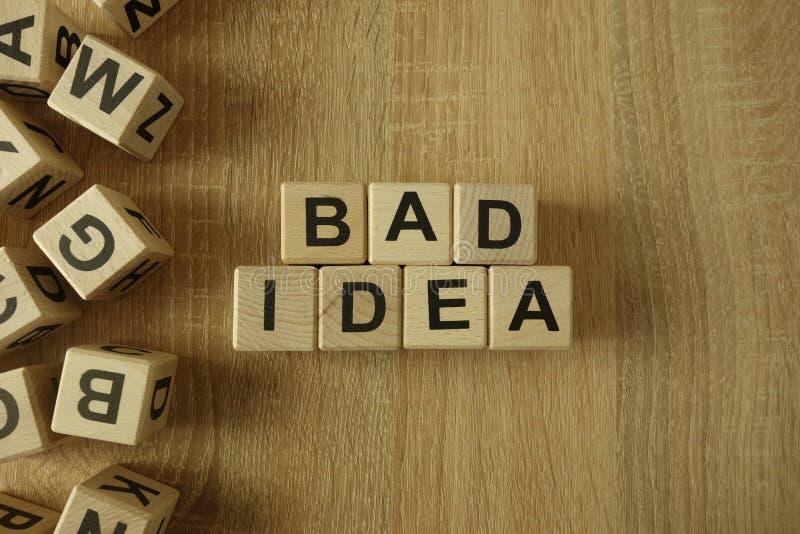 Плохой текст идеи от деревянных блоков стоковые изображения