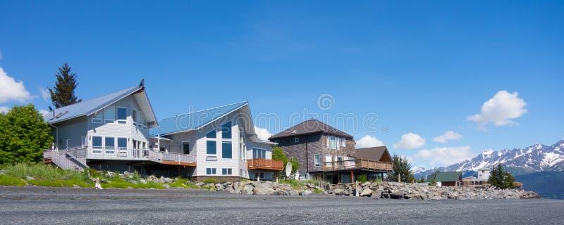 Пляжные домики на seward стоковые изображения rf