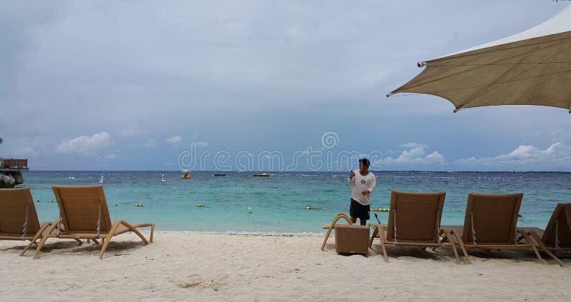 Пляжный вид на океан стоковые фото