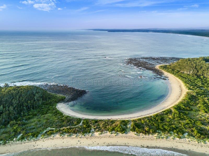 Пляж вертела Broulee стоковая фотография rf