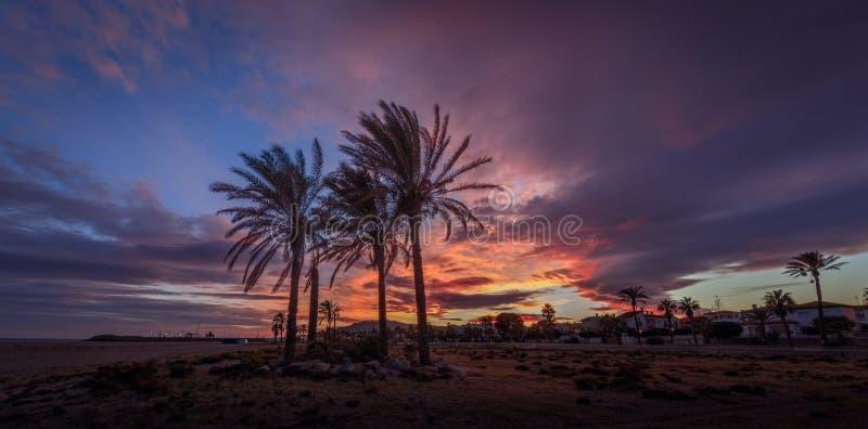 Пляж Веры на заходе солнца стоковые изображения rf