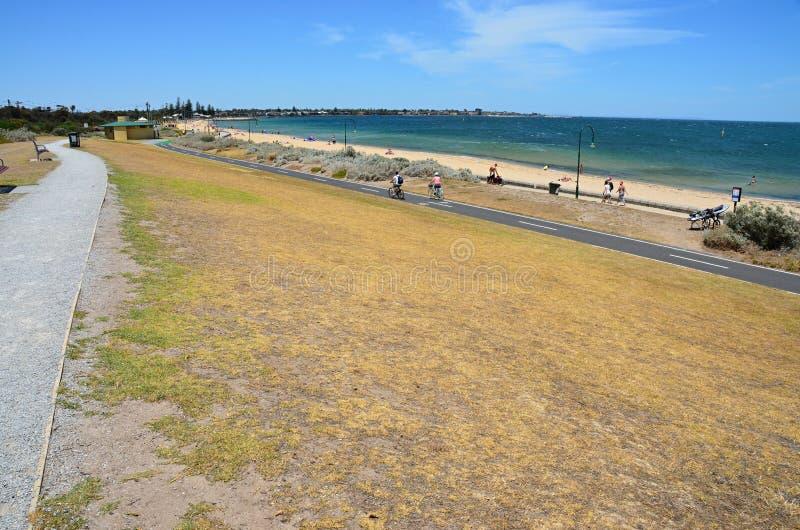 Пляж взморья с взглядом стоковые фото