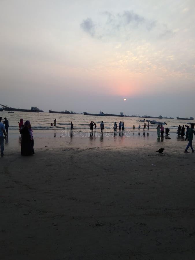 пляж и люди стоковые изображения rf