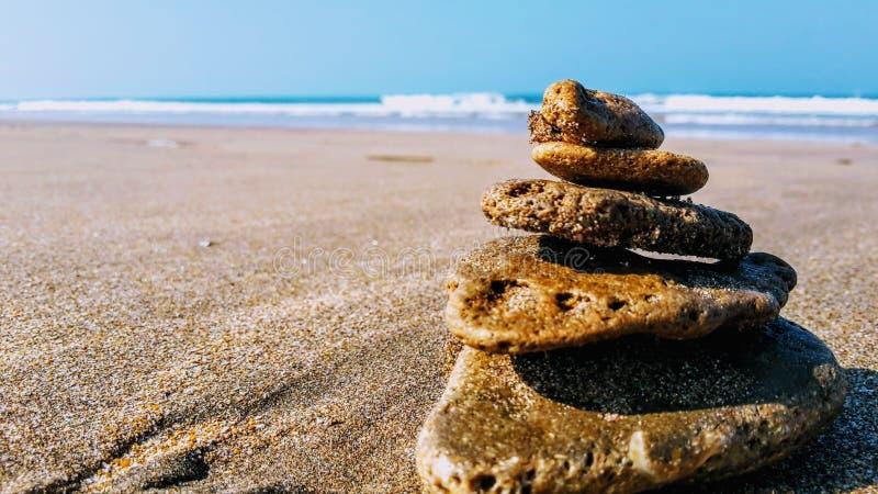 Пляж и песок стоковое изображение rf