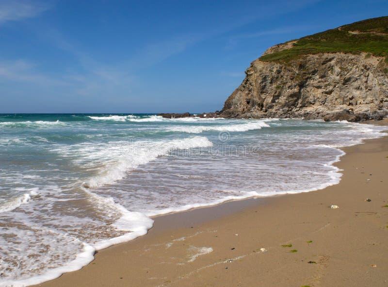 пляж ломая porthtowan волны стоковое фото rf