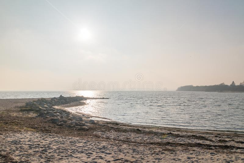 Пляж на Балтийском море в Sonderborg, Дании стоковая фотография