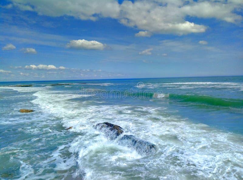 Пляж песка песка неба прибоя ‹â€ ‹â€ моря стоковое фото