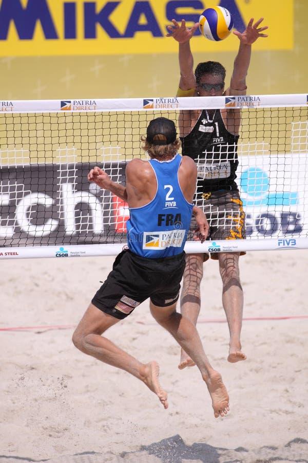 пляж преграждая волейбол jonathan erdmann стоковое изображение