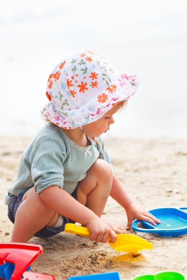 Пляж ребёнка стоковые фотографии rf