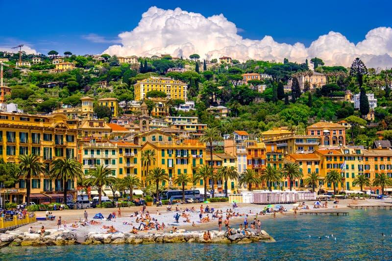 Пляж Санты Margherita Ligure - итальянка riviera - Лигурия - Италия стоковое фото rf
