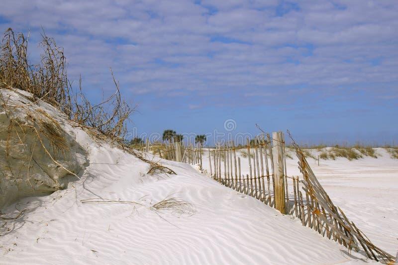 Download пляж сценарный стоковое фото. изображение насчитывающей старо - 477502