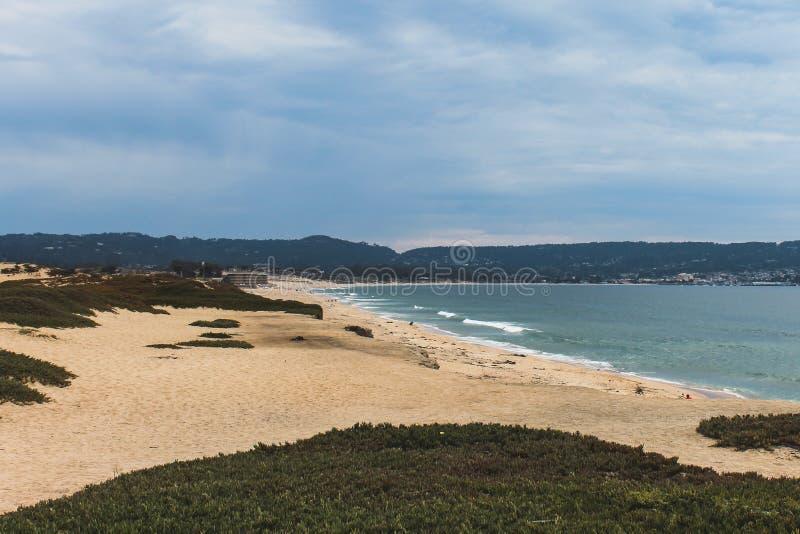 Пляж сценической красоты стоковые фото