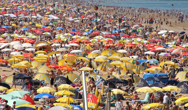 пляж толпился стоковые фотографии rf