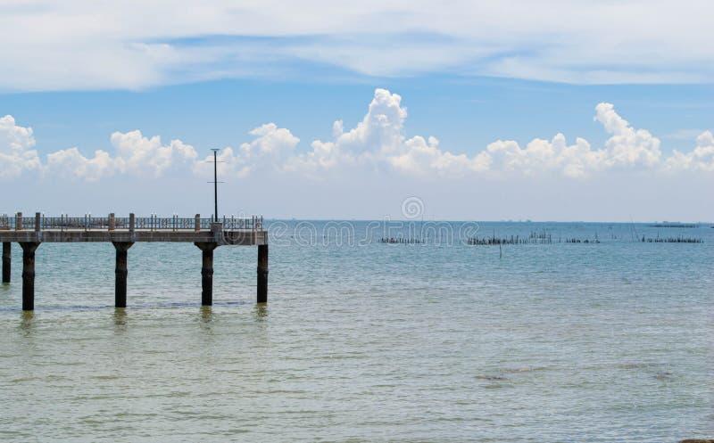 Пляж Bangsaen, Chon Buri, Таиланд стоковые изображения rf