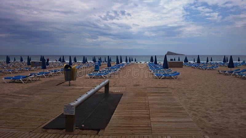 Пляж Confortable, Аликанте, Испания стоковая фотография
